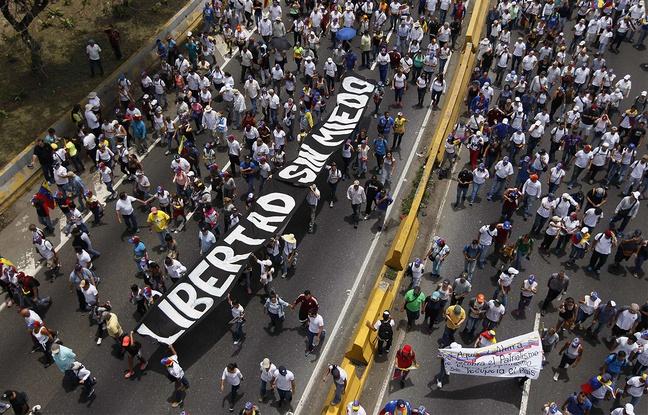 Venezuela: Un homme tué par balle à Caracas lors des manifestations anti-Maduro
